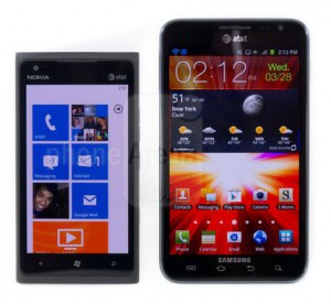 Nokia Lumia 900 vs Samsung Galaxy Note
