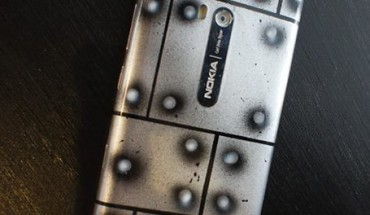 Custom Nokia Lumia 900