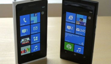 Nokia Lumia 800 White & Black