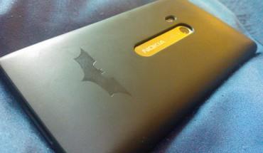 Nokia Lumia 900 Batman edition