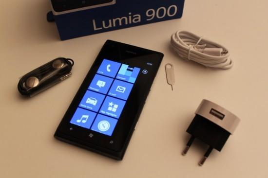 Nokia Lumi 900 - Confezione di vendita