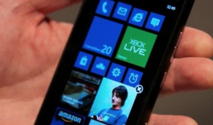 Windows Phone 8 Lumia 900