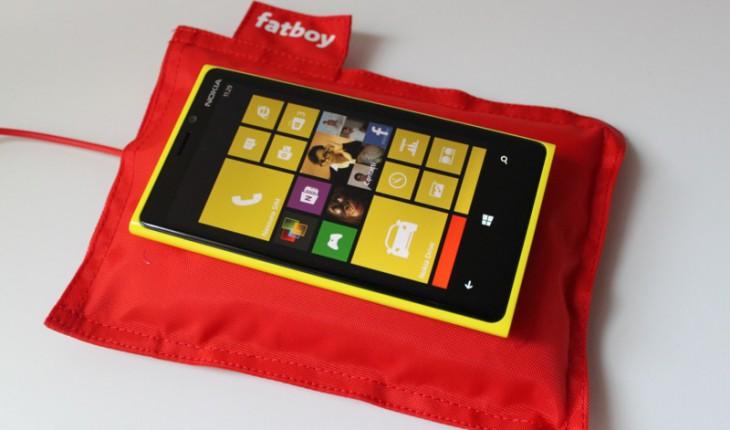 Nokia Lumia 920 e Wireless Charging Fatboy