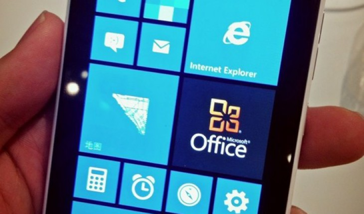 Nokia Lumia 900 con Windows Phone 7.8