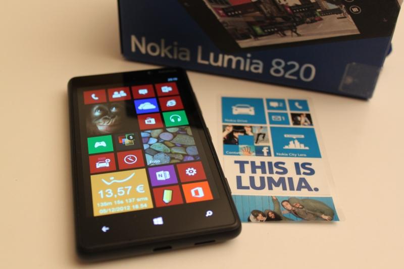 Nokia Lumia 900 - Wikipedia