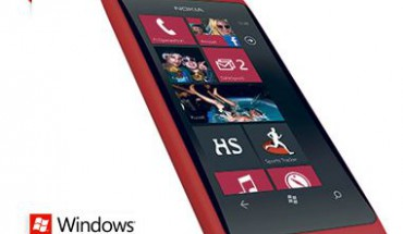 Nokia Lumia 800 RED
