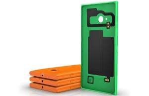Cover con Wireless Charging CC-3086 per Nokia Lumia 730 e 735