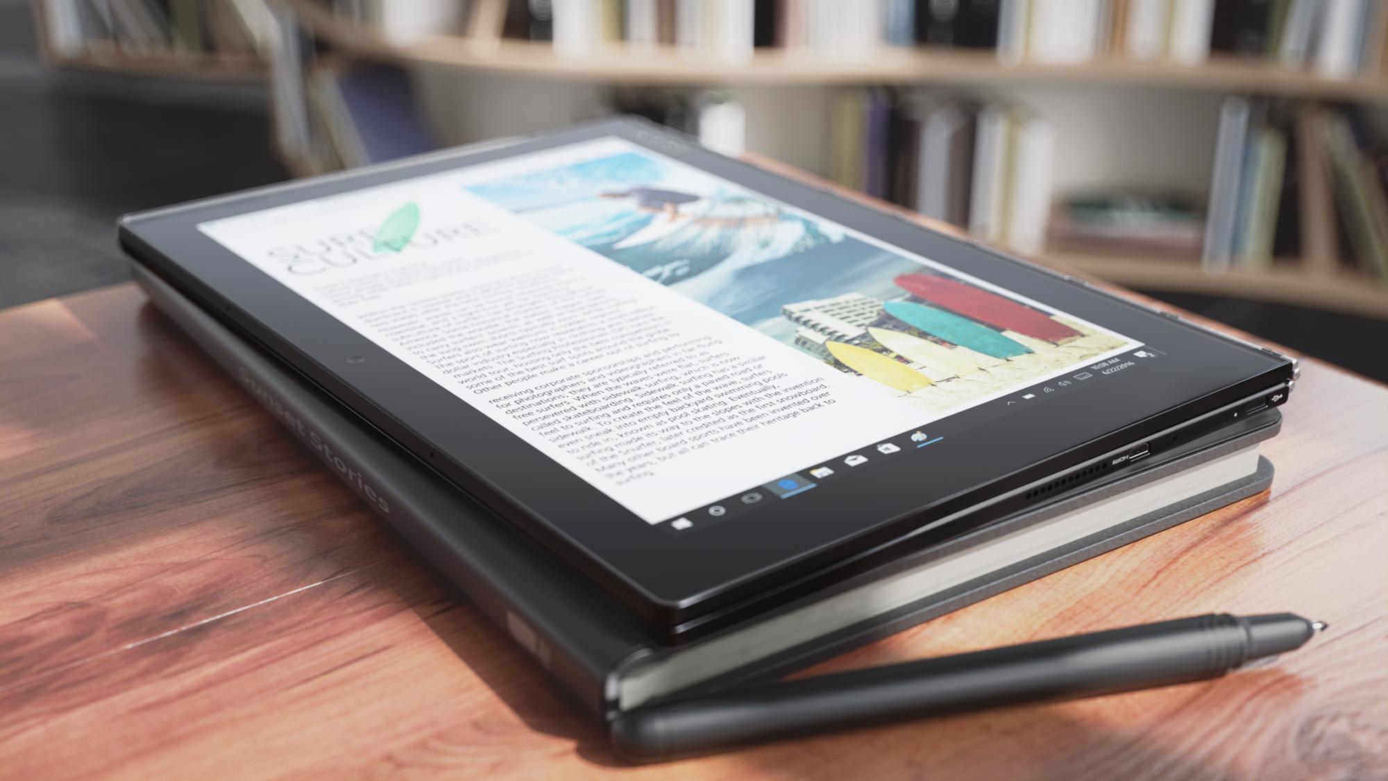 Lenovo annuncia Yoga Book, un tablet 2-in-1 con tastiera Halo e possibilitĂ di prendere appunti utilizzando la stilo con inchiostro vero