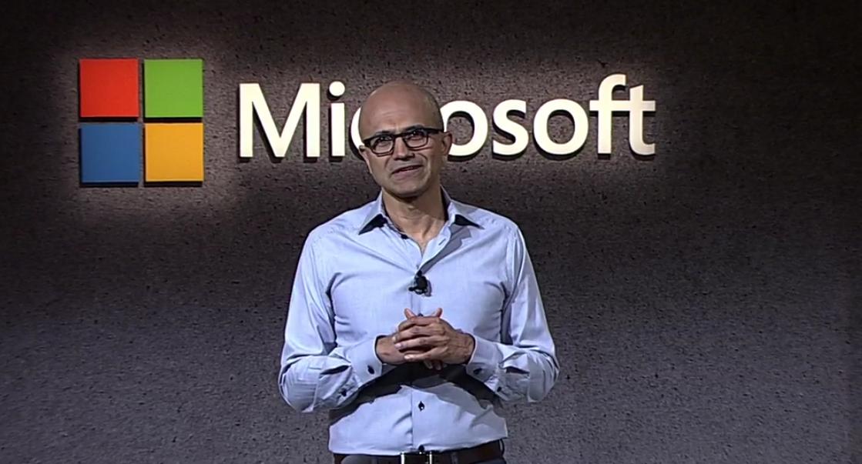 """Satya Nadella: Microsoft sta lavorando al """"dispositivo mobile definitivo"""""""