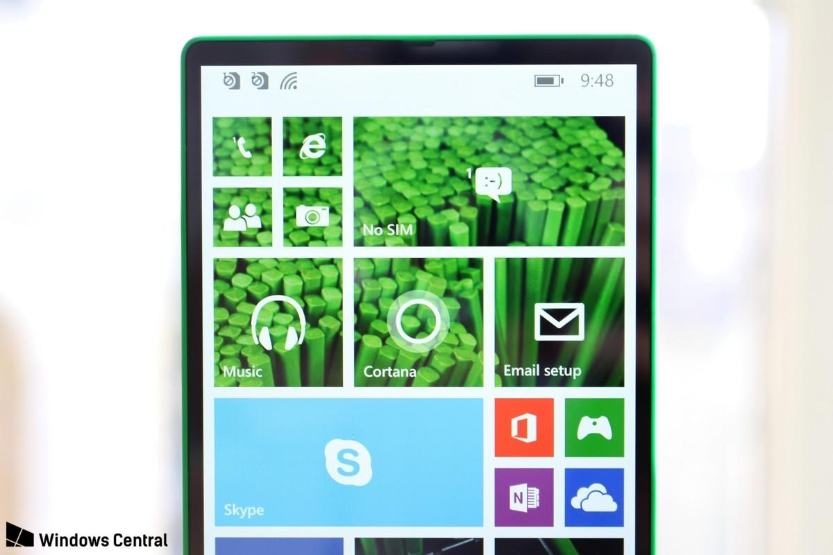 Microsoft nel 2014 lavorava già a uno smartphone full screen