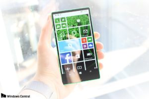 "Lumia ""all screen"""