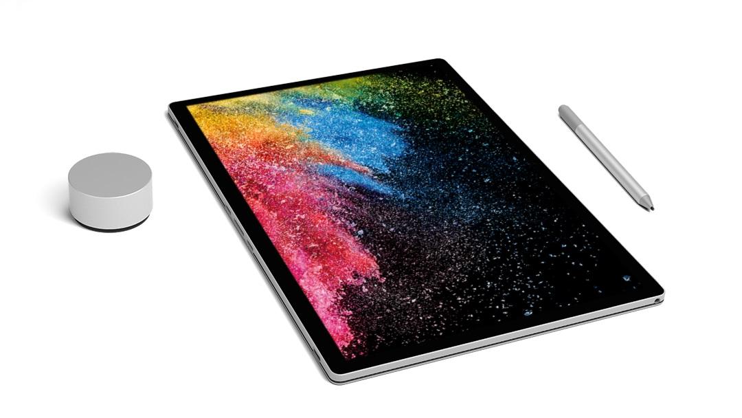 Surface Book 2, un mostro di potenza con 17 ore di autonomia