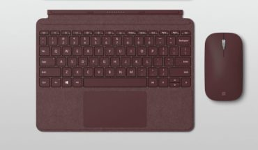 Surface Go Signature Type Cover - Surface Mobile Mouse